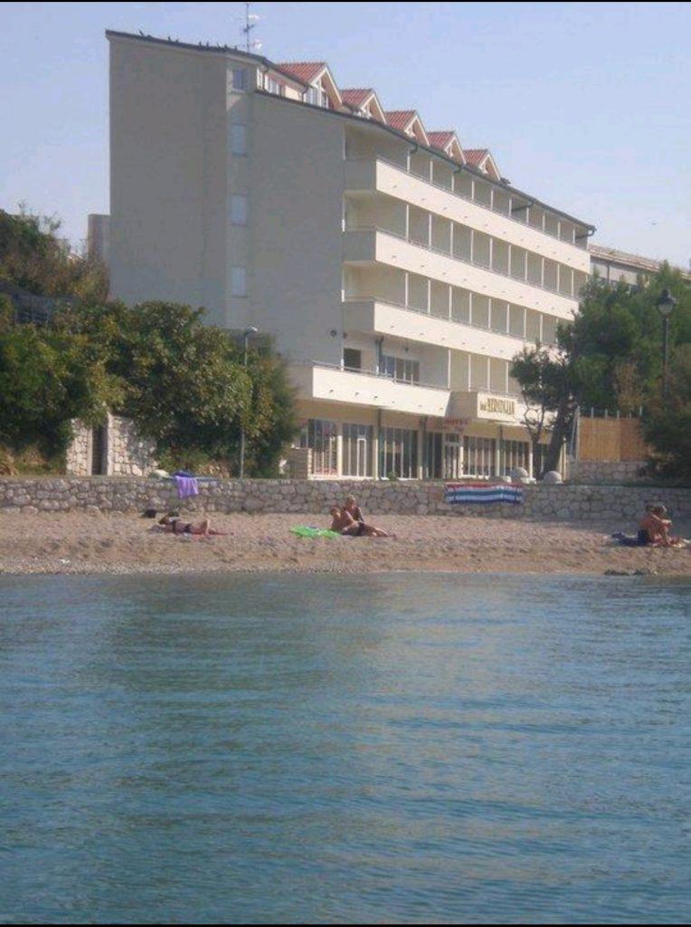 Pag Szigeten 4 csillagos hotel eladó
