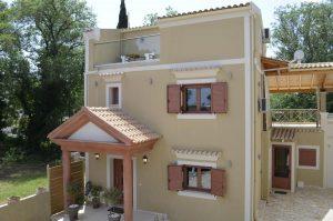 3 szintes újépítésű villa partközelben 280 Ezer EUR