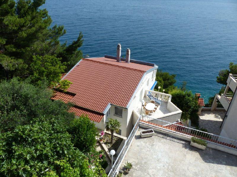 Eladó tengerparti ház Omis